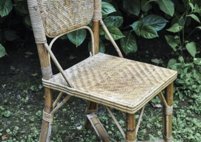 Grenier-LAtelier-des-Etoiles-35-Chaise-rotin