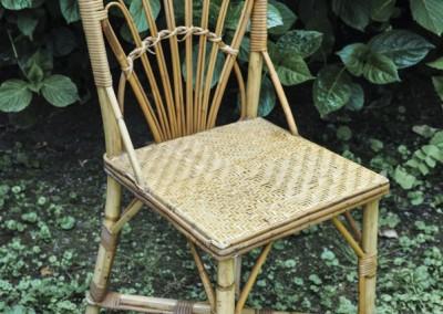 Grenier-LAtelier-des-Etoiles-36-Chaise-rotin