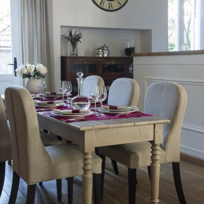 Table-LAtelier-des-Etoiles